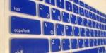 Накладка силиконовая синяя с латиницей и кириллицей для Mac