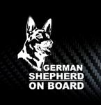 Наклейка на автомобиль Немецкая овчарка в машине